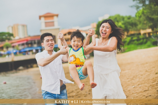 family-135w